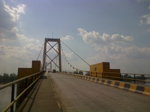 Jembatan Barito penghubung wilayah Kalimantan Selatan dengan Kalimantan tengah